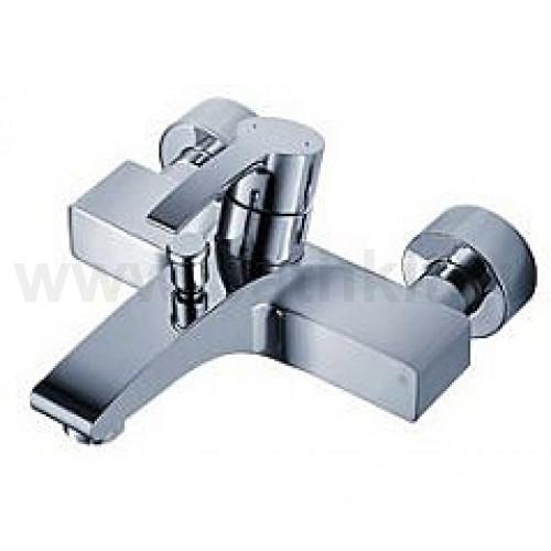 WHIRL Смеситель для ванной к стене с креплением для лейки